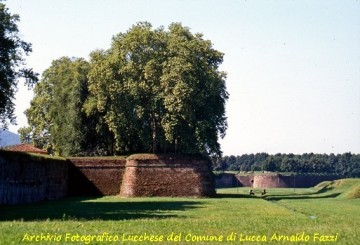 Virtual tour of the city walls of Lucca